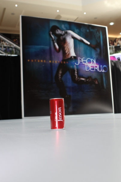 A coke can for Mr. Derulo as he clearly always forgets his name. (SOURCE: Eva Rinaldi's Flickr photostream)